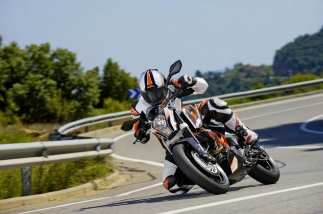 Testujeme KTM 390 Duke