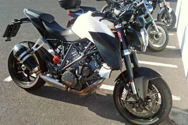 Spy-photo: KTM 1290 Super Duke bez maskov�n�