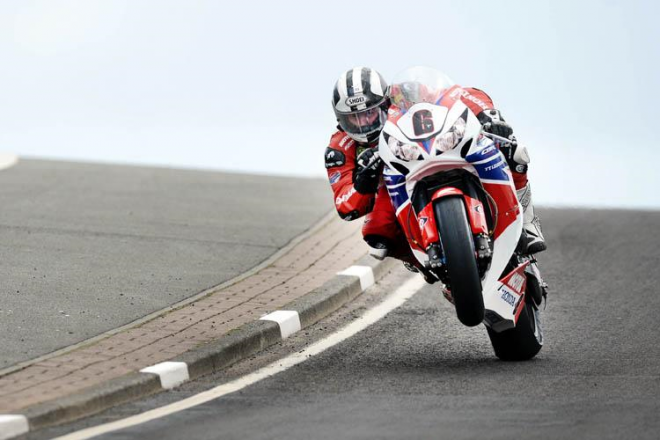 Honda Legends: Ve tøech do boje na TT 2013