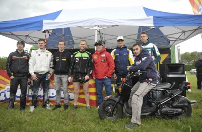 Superbike v Doningtonu zaèaly Pre-event show