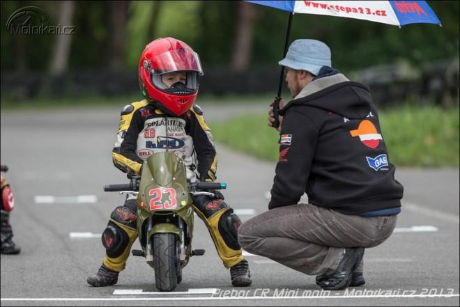 Mezinárodní pøebor ÈR Mini moto v Pardubicích