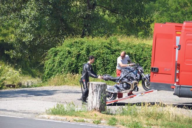 Ducati Monster 2014 - spy photos
