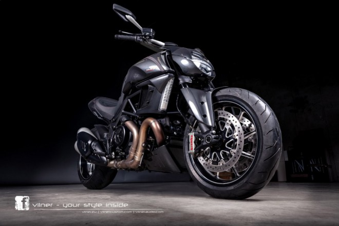 Vilner poladil Ducati Diavel Carbon