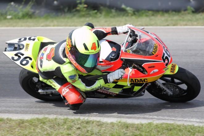Salaè Racing: Vítìznou sérii ukonèil pád