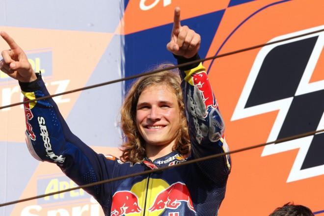 Karel Hanika podepsal s Red Bull KTM Ajo