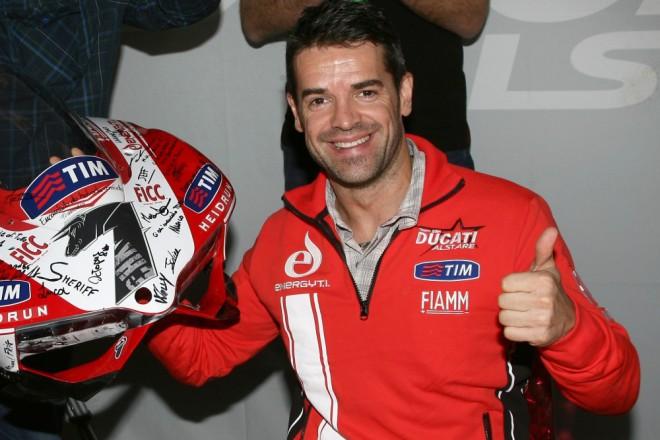 Carlos Checa ukonèil závodní kariéru