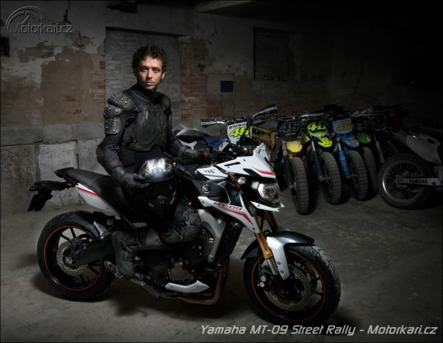 Eicma: Yamaha MT-07, SR 400, Tricity