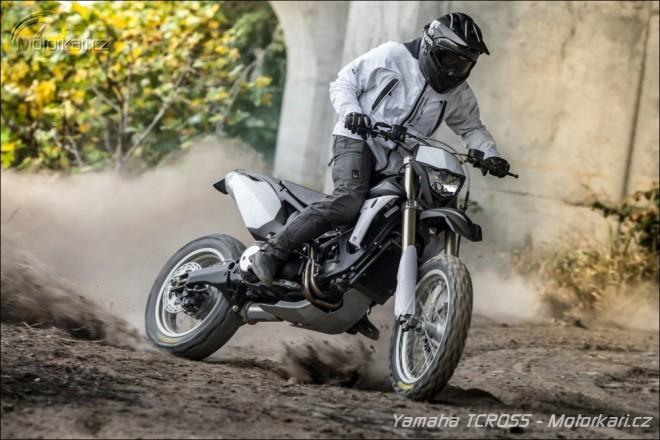 Yamaha TCROSS 530 - maxisk�tr nebo kroska?