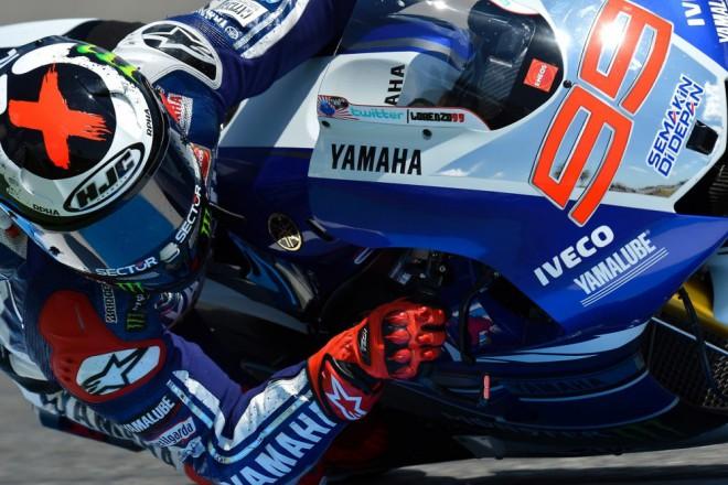 Lorenzo doufá, že Rossi bude závodit ještì dlouho