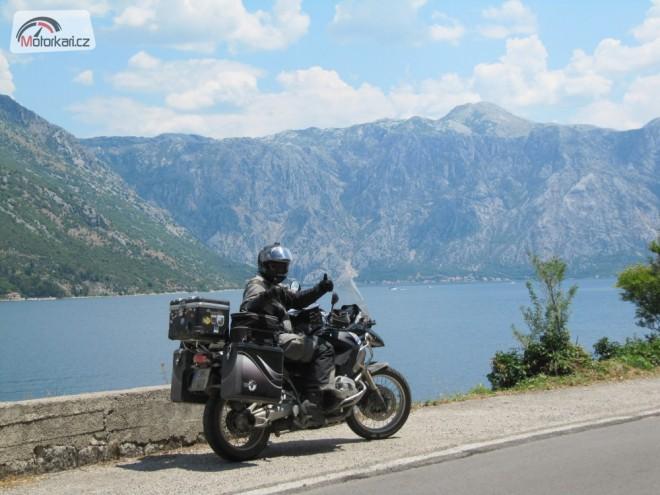 Monte Negro a kousek Albánie na geesu.