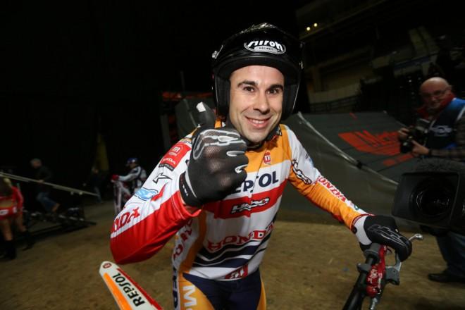Toni Bou vyhrál úvodní kolo v Sheffieldu