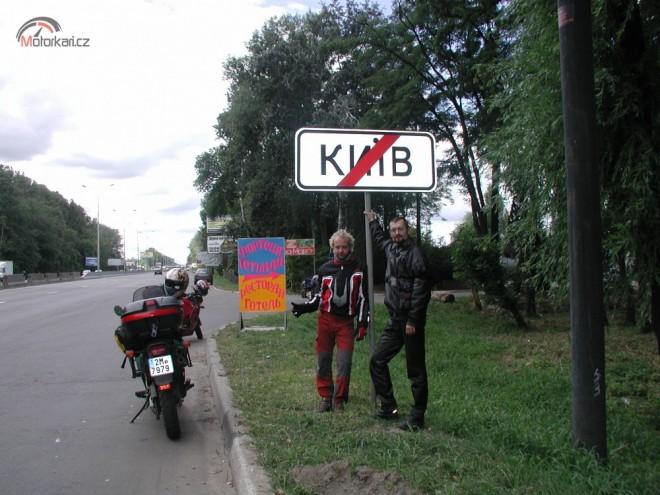 Na Goldwingu GL1000, s pøáteli, do Kijeva, Odìsy a zpìt domù.