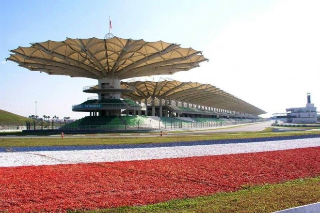 První test MotoGP je za dveømi