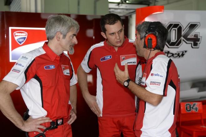 Ducati prvn� den testovala GP13 a GP14