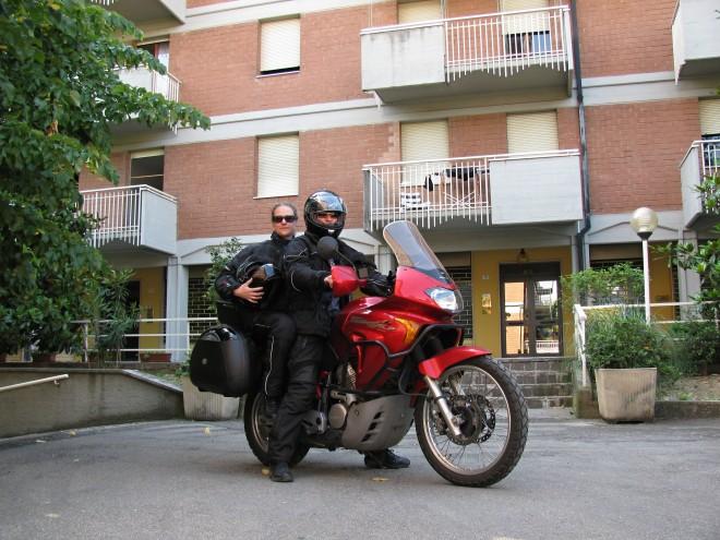 Na motorce z Plznì do Modeny a zpìt
