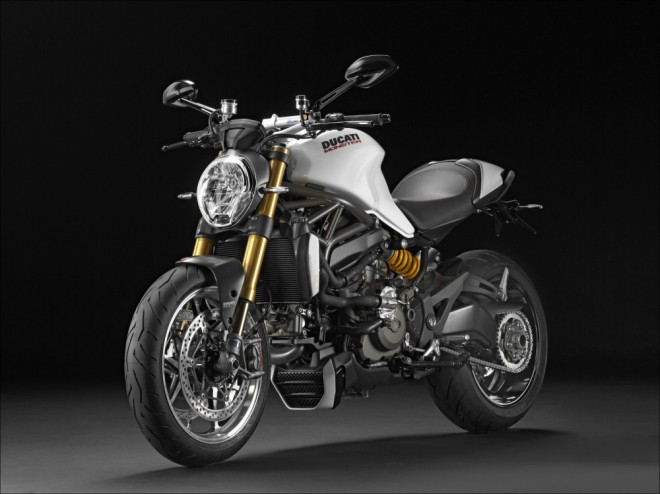Ducati Monster 1200S míøí do Èeské republiky