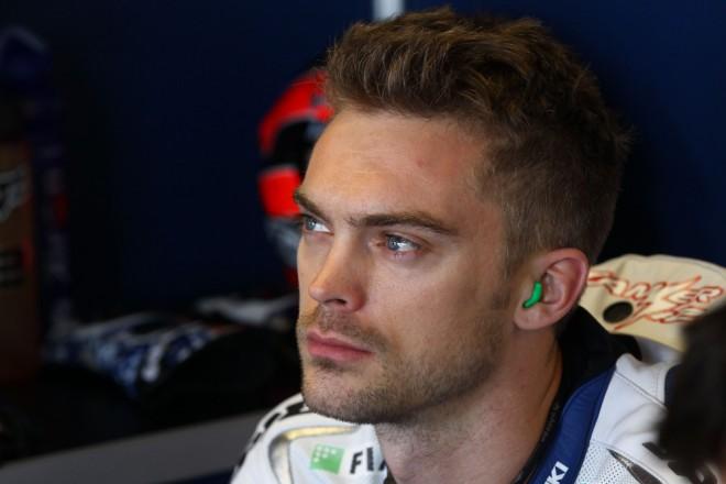 Ioda Racing: Petrucci zùstává, Camier mimo hru