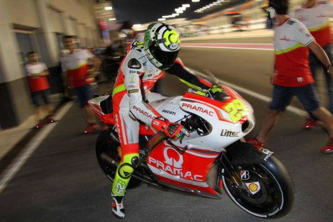 Prapor Ducati zatím drží na špici Iannone