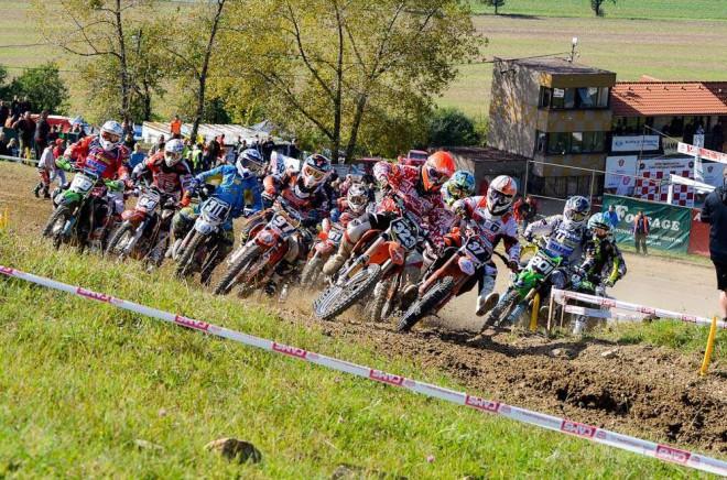 První závod motokrosové sezony v Tøemošnici