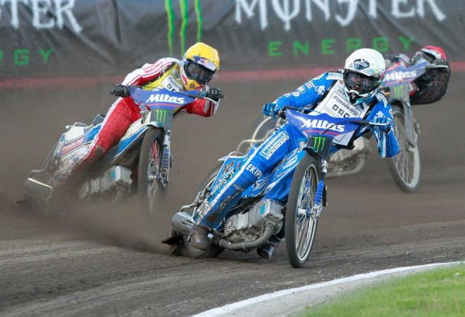 Mitas je oficiálním dodavatelem pneumatik pro FIM Speedway Grand Prix 2014