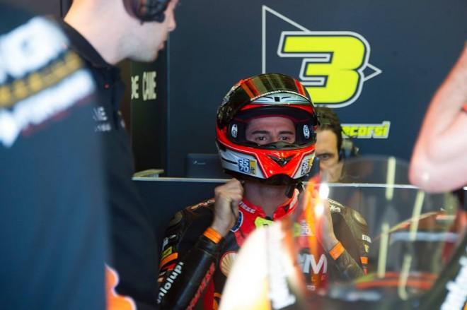 Z motorky tøídy MotoGP je Corsi nadšený