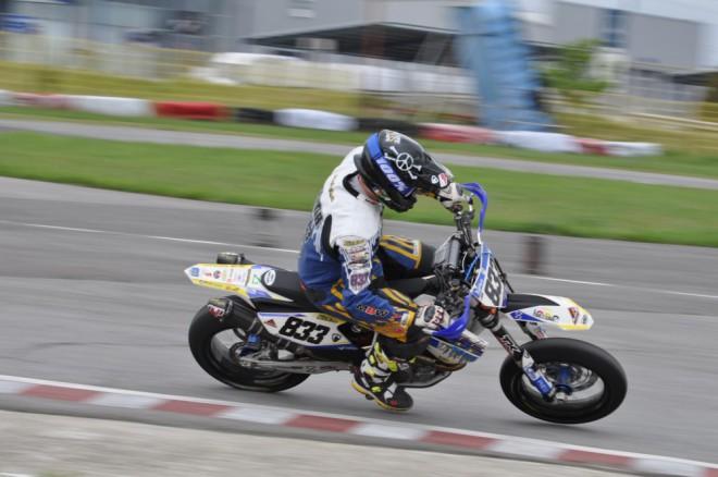 833 Racing mezi Aradem a Pískem