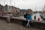 S mojí milovanou polovièkou v pøístavu mìsta Honfleur