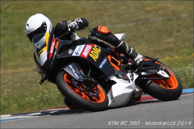 První jízda na nové KTM RC 390 Cup