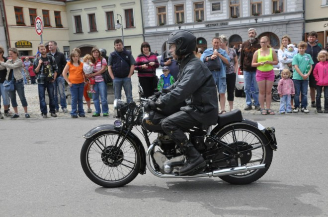 1000 mil èeskoslovenských