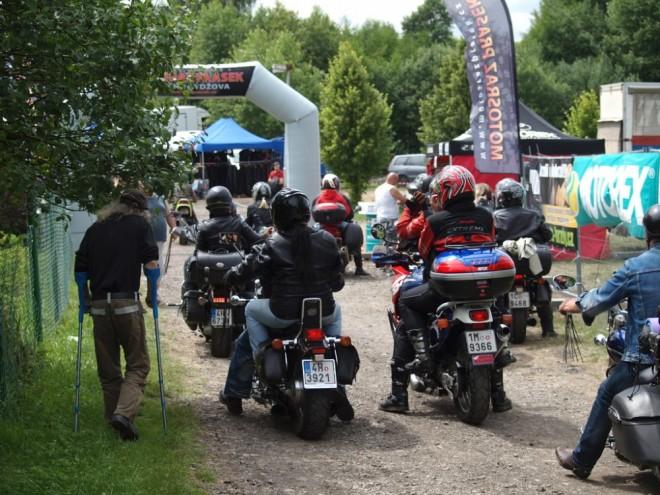 Soutìž o vstupenky na Motosraz Prasek