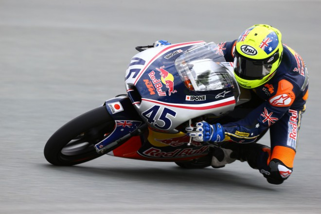 Simpson má pole position, Gbelec startuje sedmnáctý