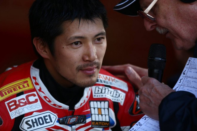 V Brands Hatch slavil Kiyonari s Watersem, Smrž jednou sedmý