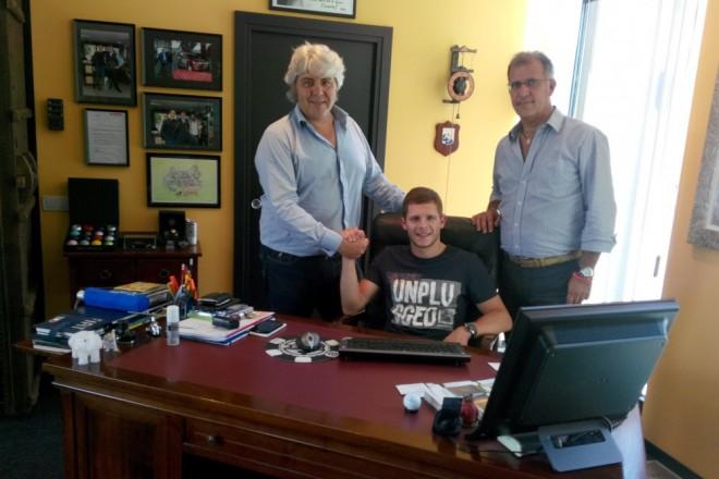 Stefan Bradl podepsal s NGM Forward Racing