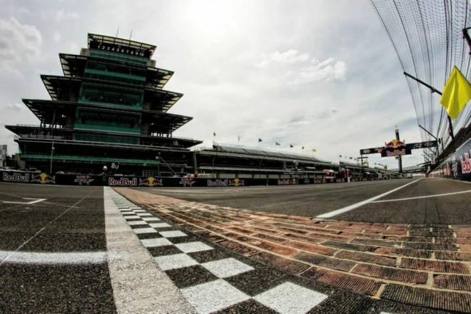 GP Indianapolisu – páteèní tréninky