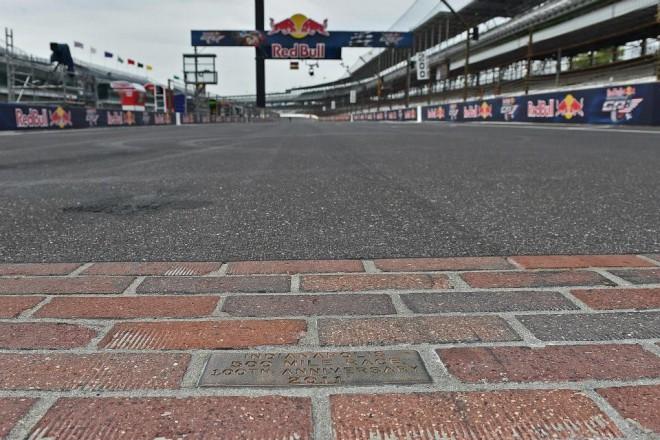GP Indianapolisu – závodní nedìle