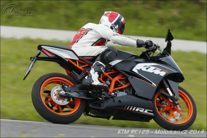 Testujeme KTM RC125
