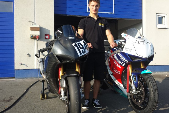 Jan Halbich testoval Hondu t�mu z IDM Superbike