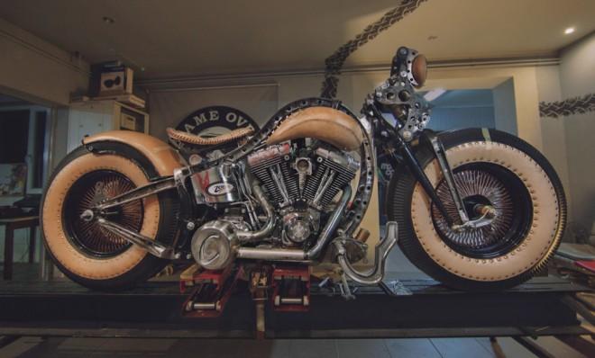 Potetovaná motorka Cheyenne Bike – The Recidivist