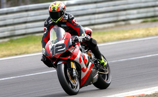Vyhrál Reiterberger s Lanzim, superbikový titul má Forés