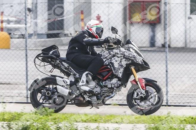 Nov� Ducati Multistrada: spy photo