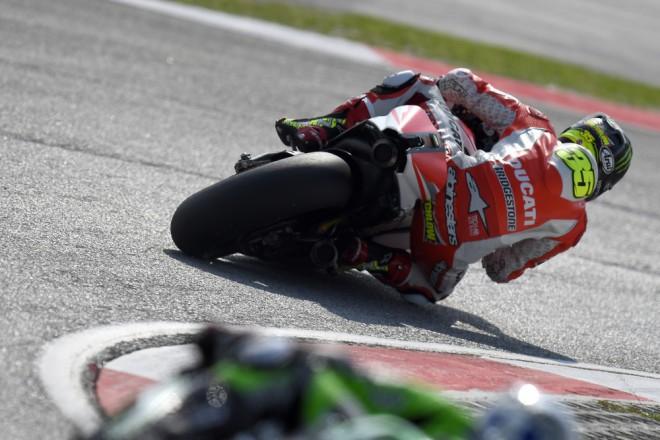 Technické problémy ovlivnily závod jezdcùm Ducati