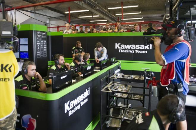 Bitva o titul pro Sykese, poslední víkend s Kawasaki pro Baze