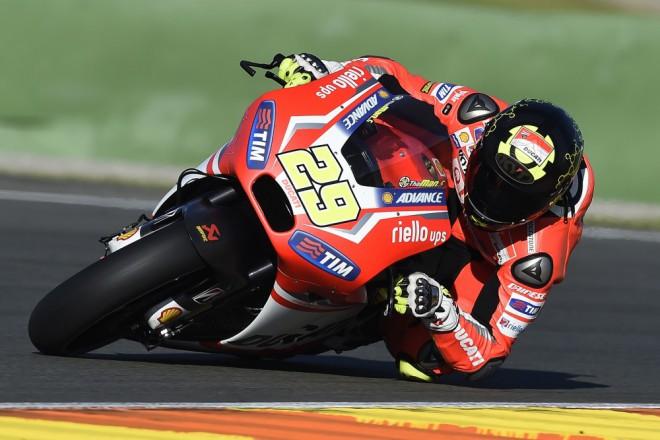 Ducati bude v roce 2015 zásobovat tøi týmy s šesti jezdci