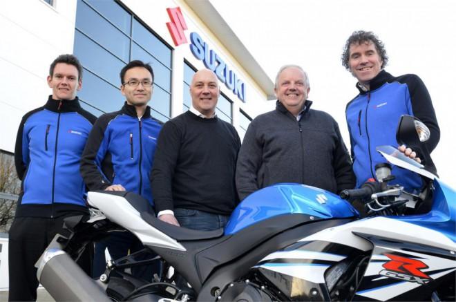 Suzuki u TAS Racing kon��, d�l pokra�uje s Halsall Racing