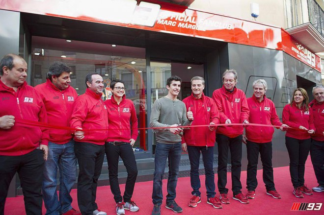 Márquez otevøel novou centrálu svého fanklubu