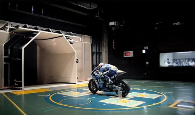 Ze zákulisí pøíprav návratu Suzuki do MotoGP