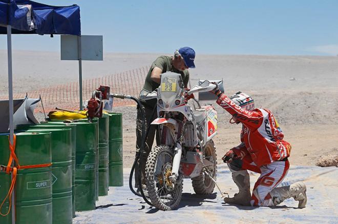 Pøekvapivým vítìzem 6. etapy Dakaru je Rodrigues