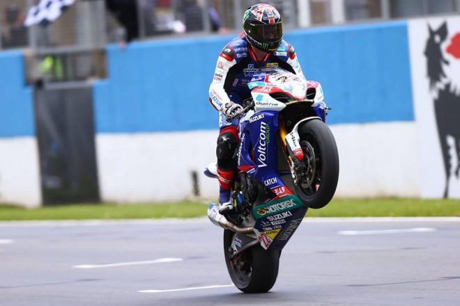 Tyco je partnerem Crescent Suzuki v MS superbikù 2015