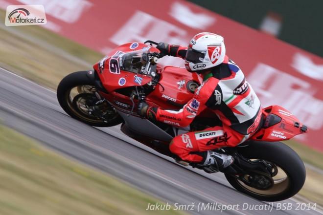 Smrž pokraèuje v britských superbicích s Ducati