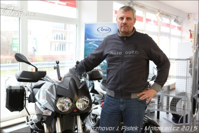 Co nov�ho u Moto Guzzi a Aprilie? Jaroslav Pi�t�k odpov�dal on-line